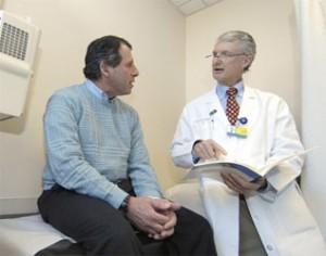 Консультация пациента с острым простатитом