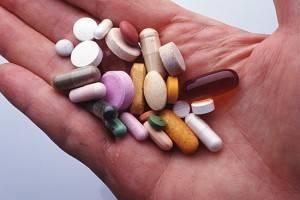 Пьем антибиотики при тонзиллите