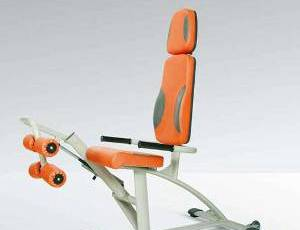 тренажер, для тренировки приводных мышц бедер для физических упражнений при простатите