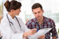Обращение к врачу при появлении крови в моче