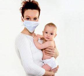 Как больной маме не заразить грудного ребенка ангиной