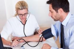 Измерение давления перед сдачей крови