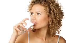 Сильная жажда при значительном превышении сахара в крови